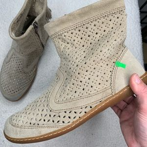 El Naturalalista Perforated Suede Boots Size 8